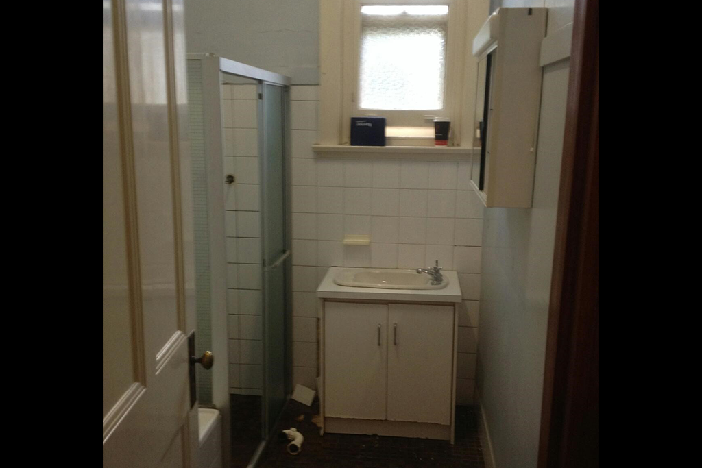 Bathroom Renovation 01 - Blackwell Plumb & Gas